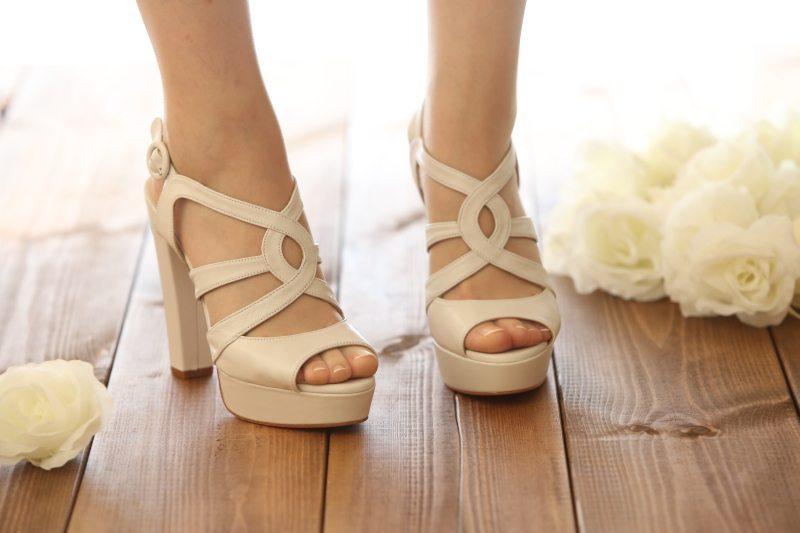נעלי סנדל לכלה