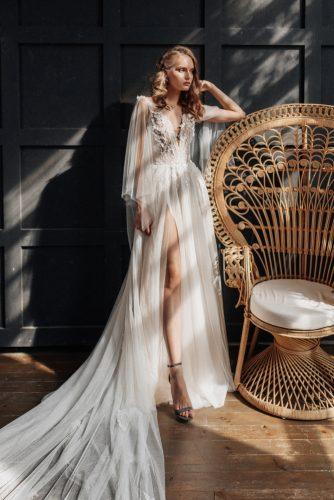 שמלת כלה שרוול ארוך ושסע