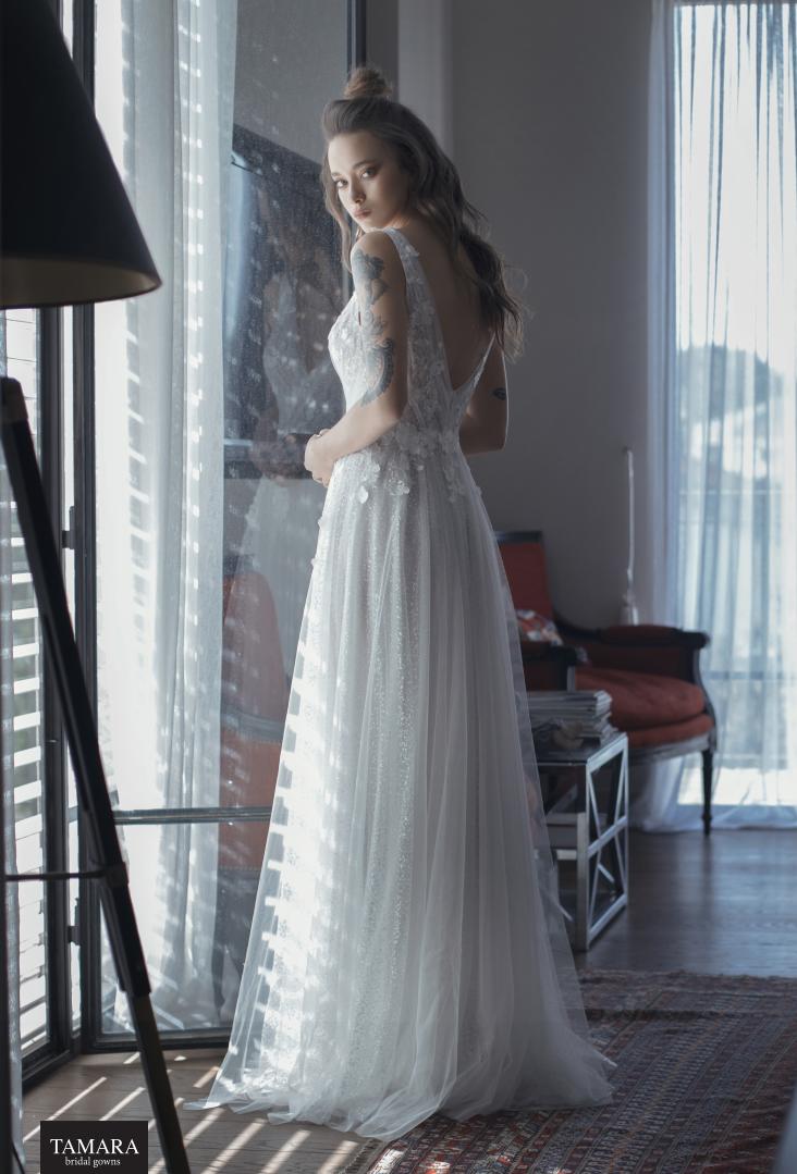 שמלת כלה רומנטית - שיפון, תחרה