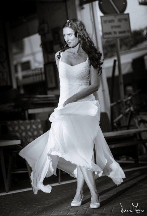 שמלת כלה אורית