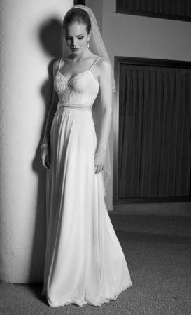 שמלת כלה אושר 2012