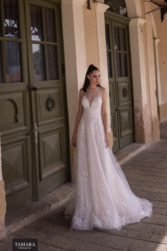 שמלת כלה קלאסית מחשוף לב