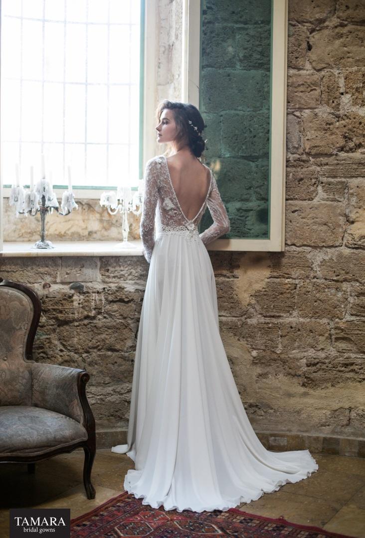 שמלת כלה גב פתוח עם שרוולי תחרה ארוכים