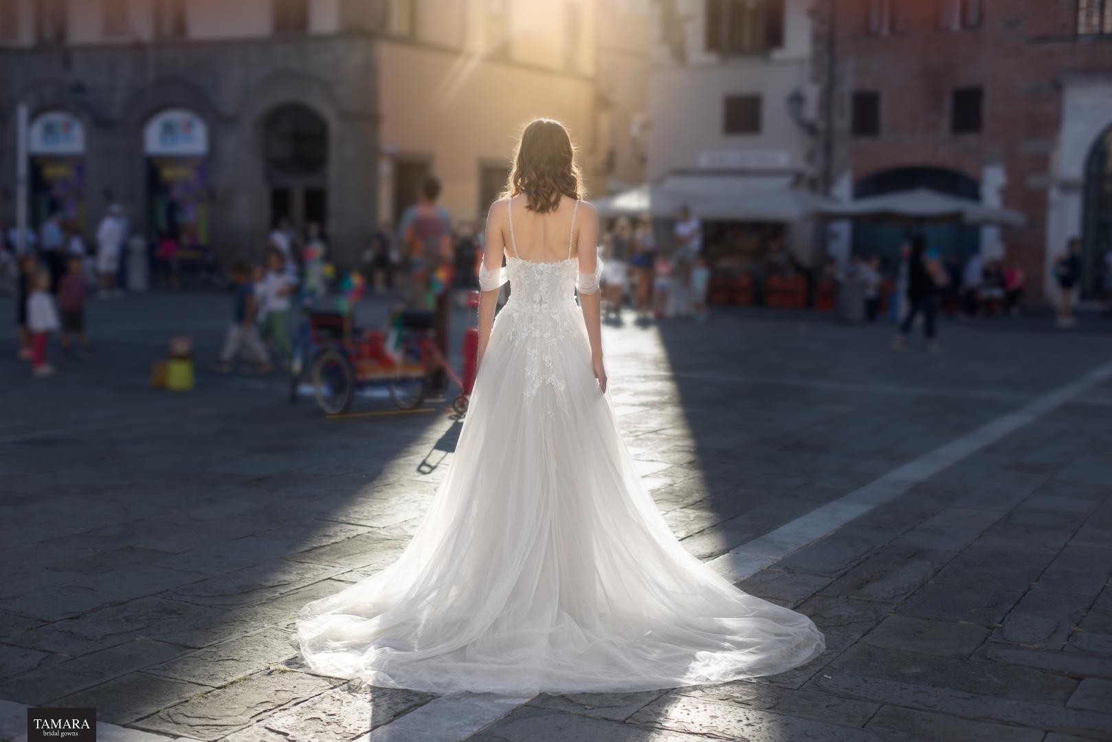 שמלת כלה נסיכותית רומנטית