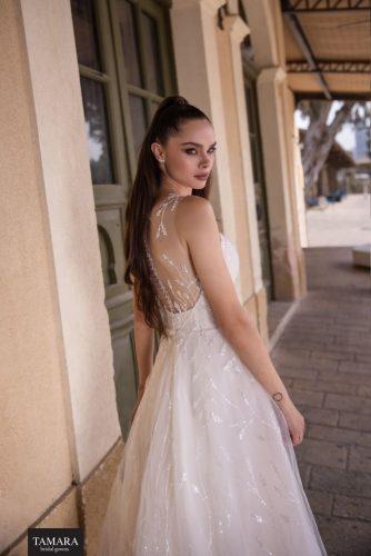 שמלת כלה עם גב שקוף
