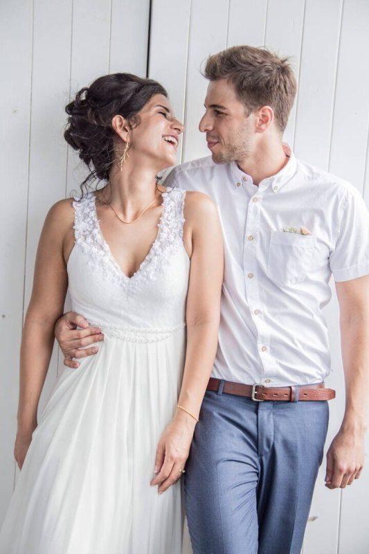 שמלת כלה עם מחשוף מורן