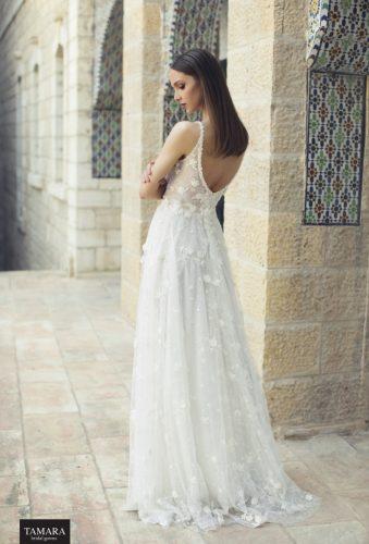 שמלת כלה קלילה עם כתפיות