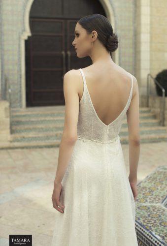 שמלת כלה מחשוף V