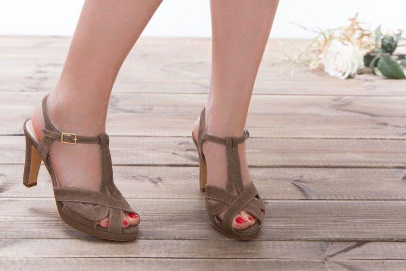נעלי כלה בגוון קפה