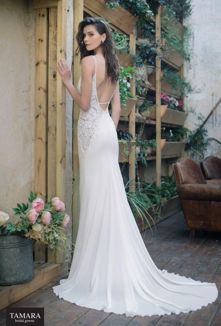 שמלת כלה סקסית עם גב חשוף