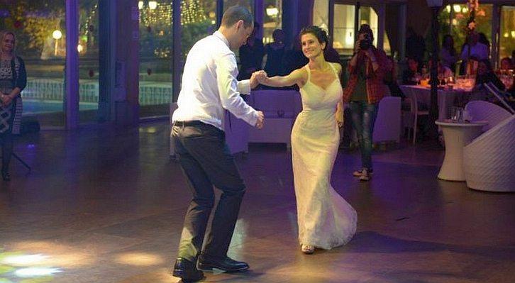 שמלת כלה - ריקודים