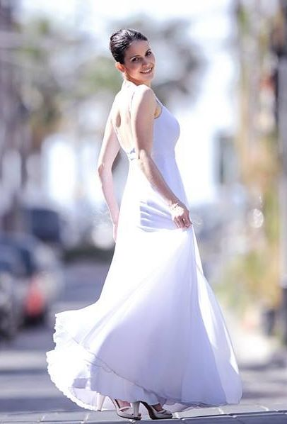 שמלת כלה קלאסית מסתובבת