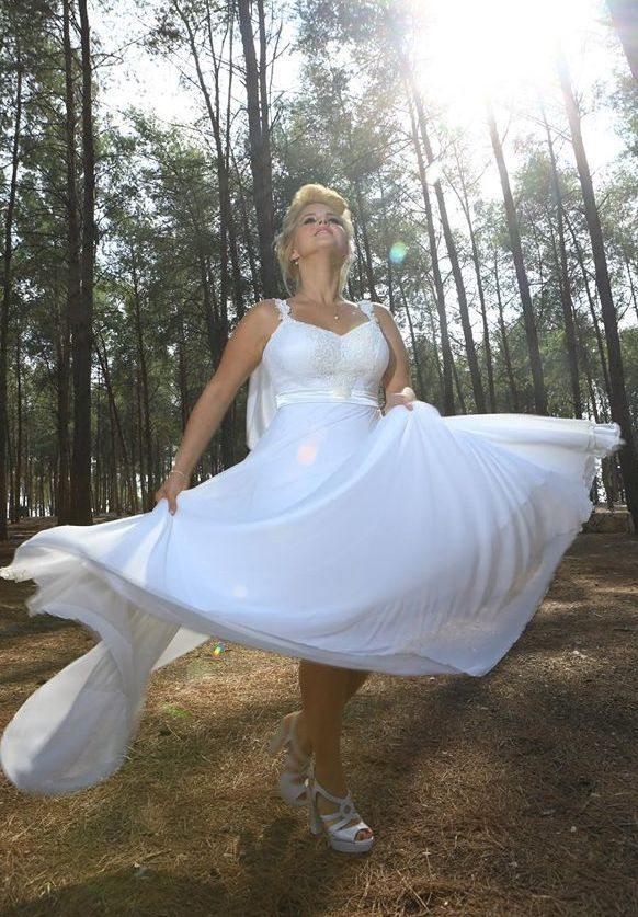 שמלת כלה קלאסית חצאית מסתובבת