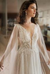 שמלת כלה עם שרוולים שקופים