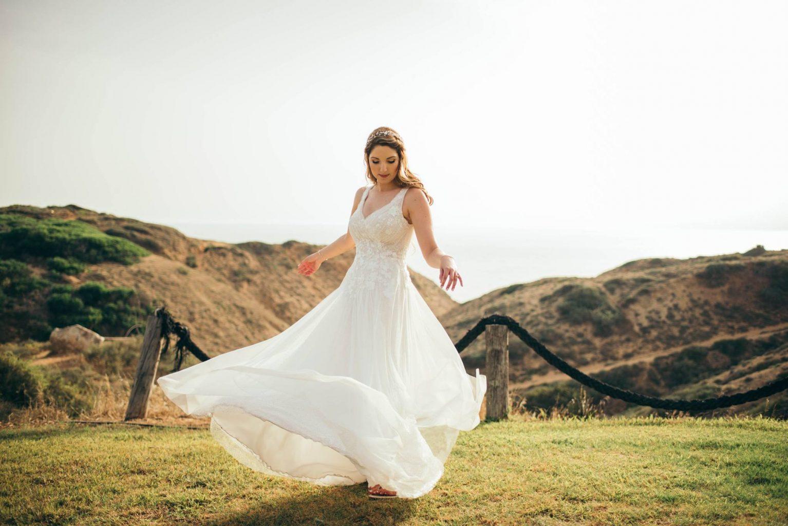 שמלת כלה קלאסית קלילה