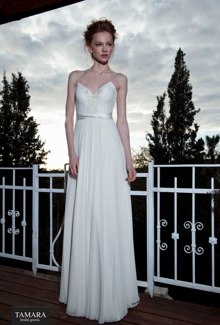 שמלת כלה קלאסית עדינה