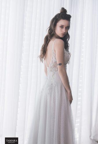שמלת כלה קלאסית, גב פתוח