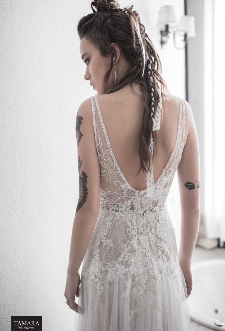 שמלת כלה תחרה גב חשוף