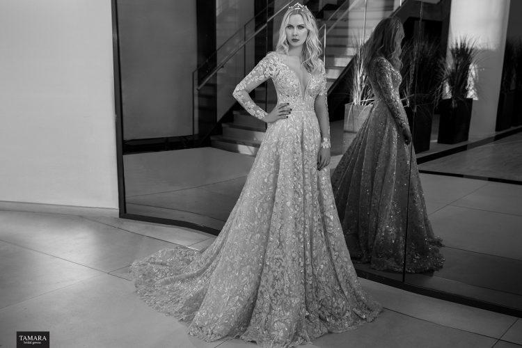 שמלת כלה מלכותית